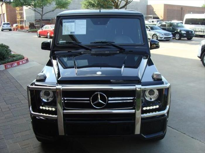 Selling my 2014 Mercedes-Benz G63 AMG very neatly used
